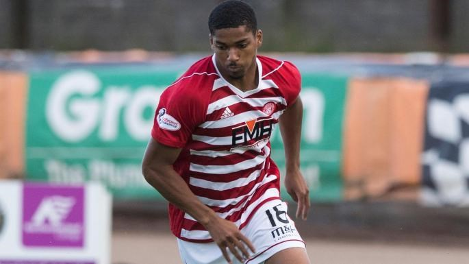 REDS SIGN STRIKER FROM PREMIER LEAGUE CLUB - News - Crawley Town
